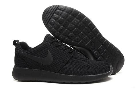 Nike Roshe Run Flyknit Fullblack todos los negros para hombre nike run roshe santillana