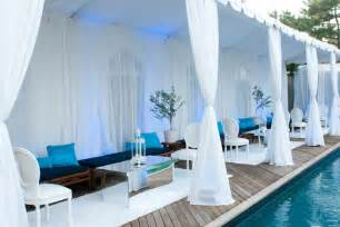 All White Party Decorating Ideas For A Recent Pool Party The Team At Swank Productions