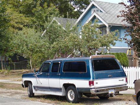 parked cars vancouver  chevrolet suburban silverado
