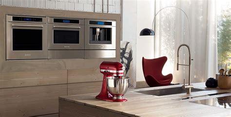 Regale F R Begehbaren Kleiderschrank 1512 by K 252 Chenger 228 Te Im Edlen Design Planungswelten