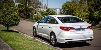 Hyundai Solara 2017 Hyundai Sonata Active Review Caradvice