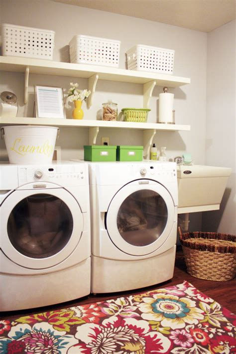 Decorating Ideas For Small Laundry Rooms Small Room Design Small Laundry Room Decorating Ideas Laundry Room Organizers For Small Space