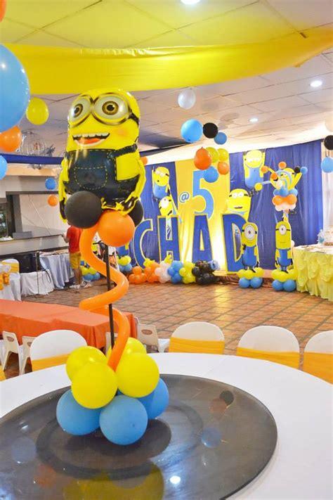 minion balloon centerpiece featured party seshalyn s