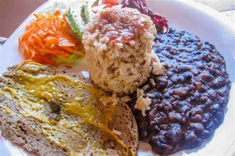 Amigos Lunch Set vegetarian friendly restaurants in san pancho mexico