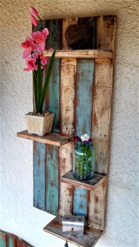 Decorating Ideas Using Pallets 20 Ideas For Recycling And Decorating With Pallets