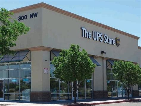 the ups store 4th menaul marketplace shipping packing printing and mailboxes in
