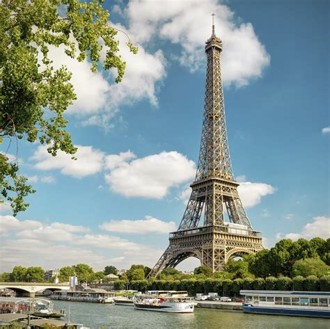 Eiffel In here s how you can stay in the eiffel tower for free