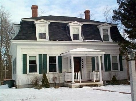 15 must see mansard roof pins european homes victorian top roof styles 2017 15 different shapes match every