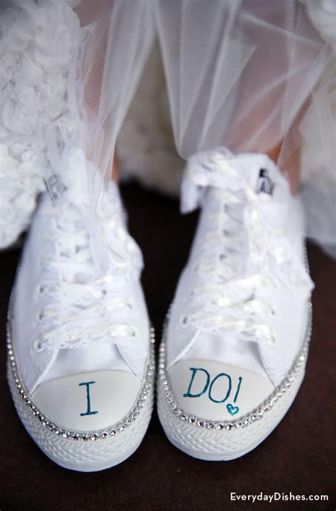 braut sneaker diy bride sneakers craft with bling for her wedding