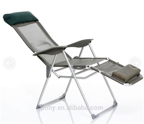 Folding Chairs With Footrest by Ajustable Aluminum Lounge Folding Chair With Footrest Sun