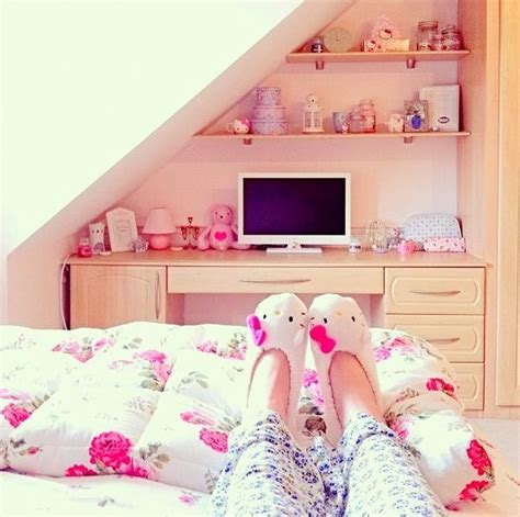 Cute Girly Bedrooms Aww Cute Bedroom My Style Glam Pretty Things Girly