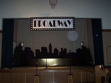 broadway home decor broadway centerpieces and new york on pinterest diy