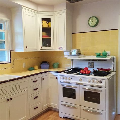 vintage kitchen tile backsplash backsplash ideas interesting retro kitchen tile