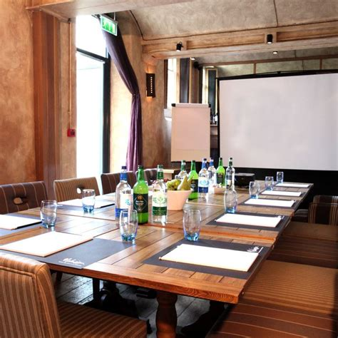 14 best ideas about meeting room setup on