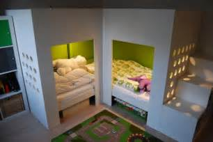 Twin Canopy Beds For Girls by Lits Superpos 233 S Mydal Avec Aire De Jeux Bidouilles Ikea