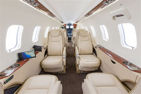 klay interieur clay lacy aviation welcomes learjet 75 to its expansive