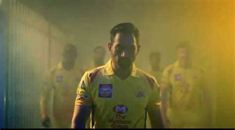 ipl chennai super kings theme song ipl 2018 ms dhoni shakes a leg on csk theme song the
