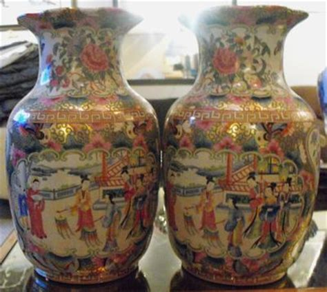 How To Identify Antique Vases by Help To Identify Vases