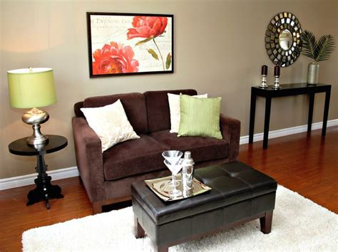 Staging A Small Living Room small living room staging traditional living room