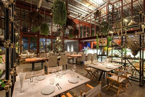 Peninsula Kitchen Floor Plan vivarium restaurant by hypothesis amp stu d o architects