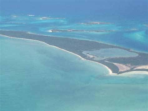 sandals great exuma approaching great exuma picture of sandals emerald bay