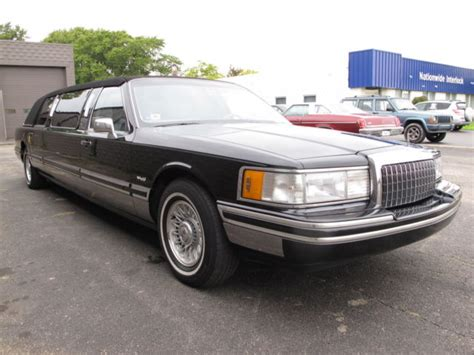1999 lincoln town car reviews 1999 lincoln town car limousine only 28 300