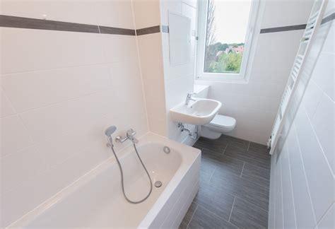 wasserverbrauch badewanne umbau badewanne statt dusche umbau badwanne auf