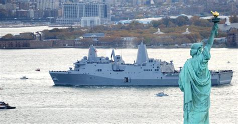 Ny Navy Uss New York Navy Ship Built With Wtc Steel Arrives In