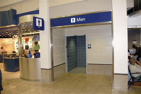 airport bathroom cutting off debate