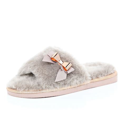 island slippers river island pink faux fur slippers in pink lyst
