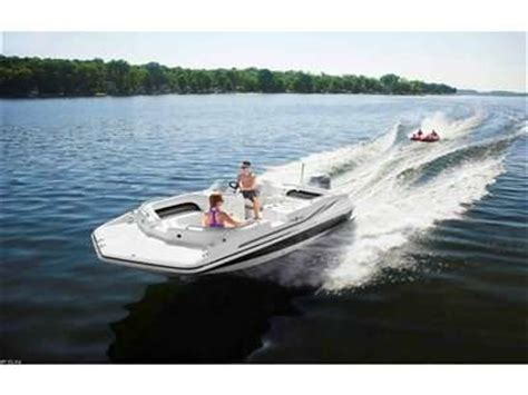 hurricane fish and ski boats 1000 ideas about hurricane deck boat on pinterest deck