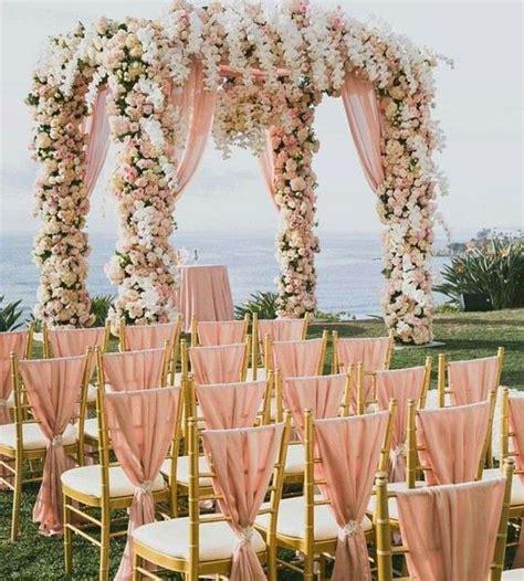 Wedding Arch Gold by 40 Gold Metallic Wedding Color Ideas Hi Miss Puff