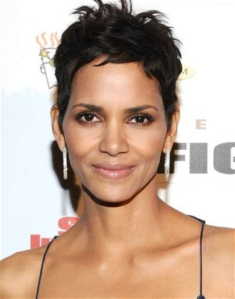 Halle Berry Hairstyles 2011 by Halle Berry Haircut Picture Hairstyle 2013