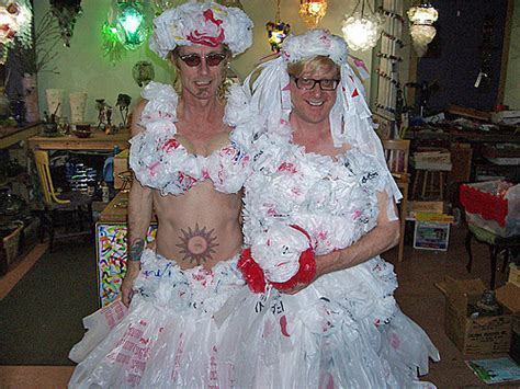 White Trash Wedding Dresses by Wedding Dress Garbage Bag Wedding Gown Dresses