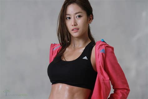 Bathroom Film Jeon Hye Bin S Secret To Her Great Figure Soompi