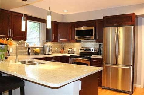 kitchen cabinets vancouver 15 shaker traditional style kitchen with lovely shaker cabinets