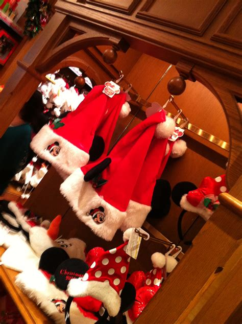 christmas at tokyo disney resort part 2 disneyland s