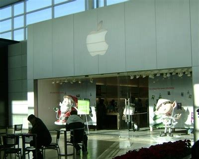 apple yorkdale apple store yorkdale mall north york apple stores on