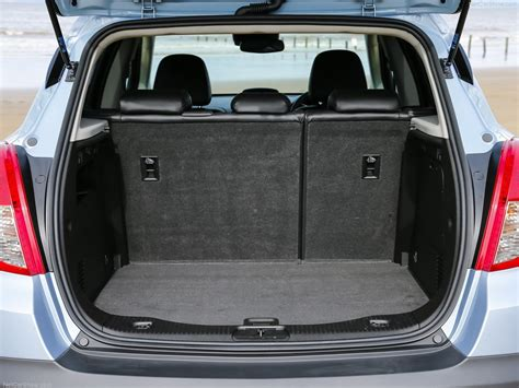 vauxhall mokka trunk vauxhall mokka picture 19 of 21 boot trunk my 2013