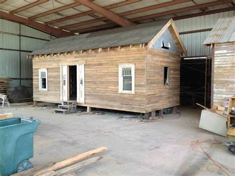 Pallet Cabins by Pallet Sheds Plans Free Pallet Cabin Plans Http
