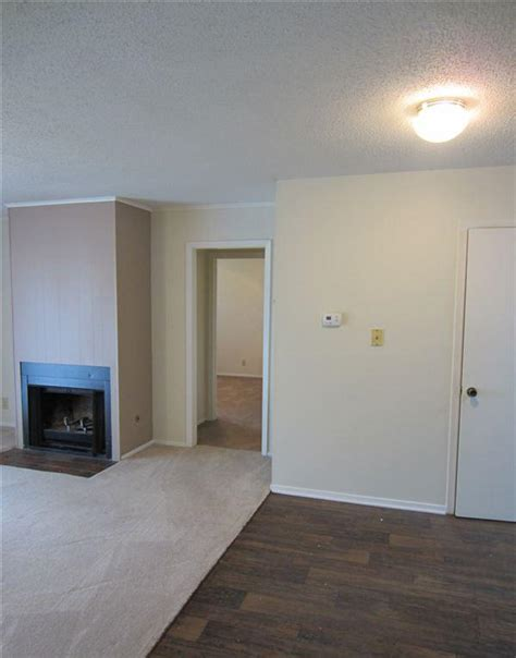 2 Bedroom Duplex For Rent Near Me by For Rent Duplexes 2 Bedrooms Mitula Homes
