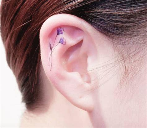 small tattoo behind ear cost tatuajes helix en las orejas lala pinterest la oreja