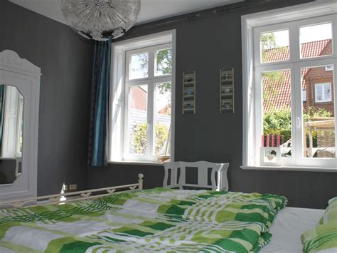 Spiegelschrank Schlafzimmer by Ferienwohnung In Der Villa Puravida Fehmarn Familie Dr