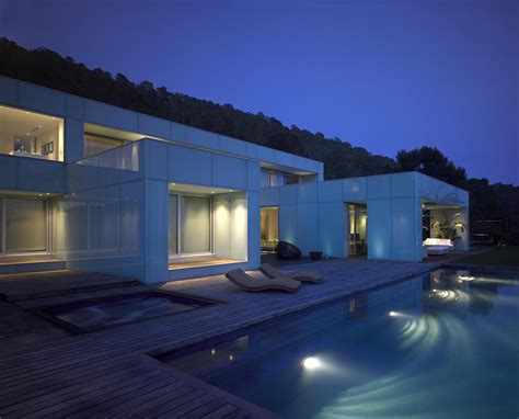 casa en arelauquen estudio ramos plataforma arquitectura vicens ramos estudio de arquitectura
