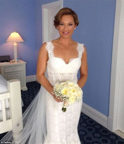 ginger zee dress today gma meteorologist marries nbc anchor on a perfect day