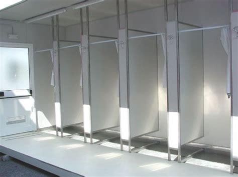 spogliatoio maschile doccia docce per stabilimento industriale prefabbricati prefab