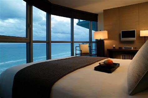 2 bedroom hotel suites in miami south beach the ocean suites two bedroom oceanfront suite picture of