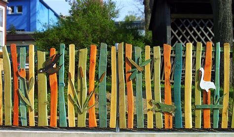 Frühlingsdeko Im Garten by Gartenzaun Aus Holz Selber Machen Bvrao