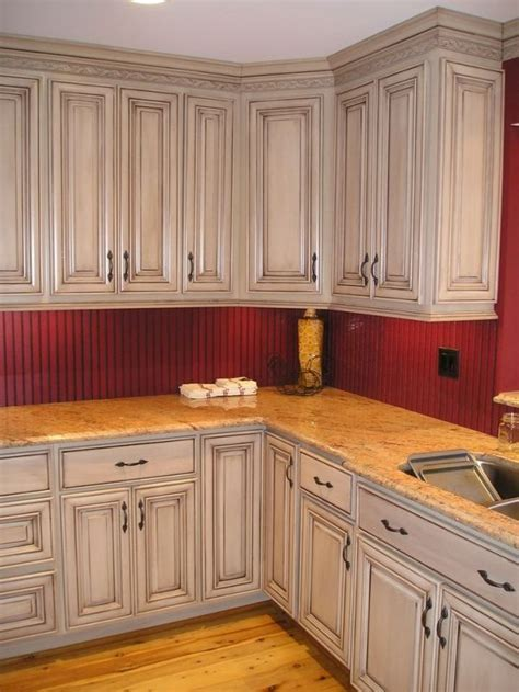 kitchen cabinet color best 25 glazed kitchen cabinets ideas on pinterest