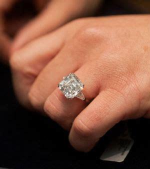 6 carat ring